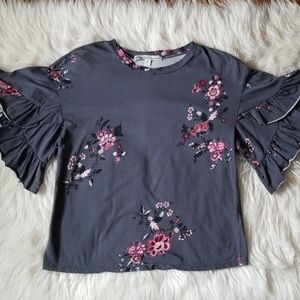 Gypsies & Moondust Floral Top